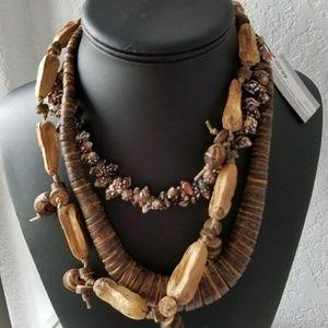 Treska wood and shell layered necklace